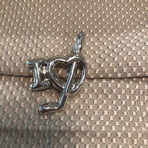 Jewelry - Authentic I heart hockey pendant